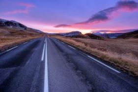 Hval_Sunrise2.jpg