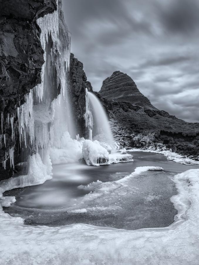 Kirkjufell_Frozen.jpg