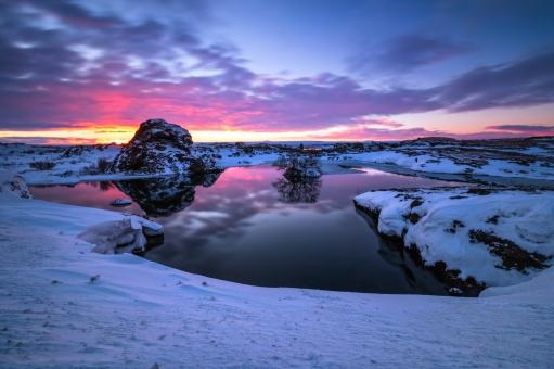 Snowfield2.jpg